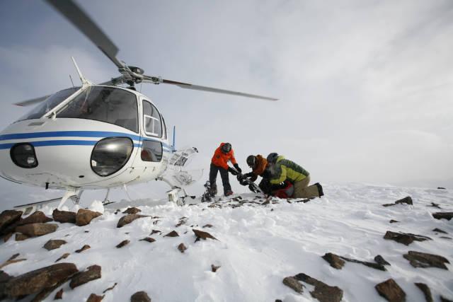 Best time for Heliskiing in Alaska