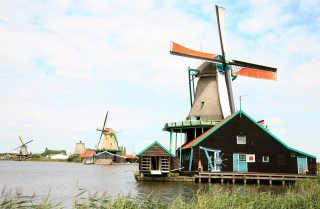 Dutch Countryside & Windmills