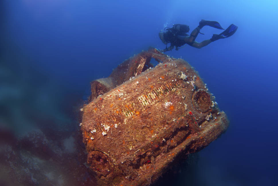 Diving in Athens - Best Time