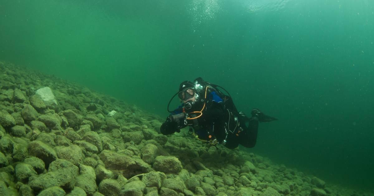 Gosau Lake Diving in Austria - Best Time