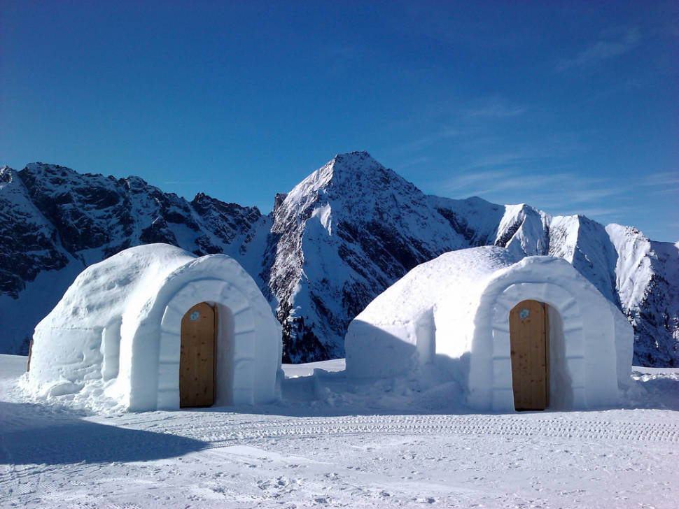 Igloo Building in Austria - Best Time