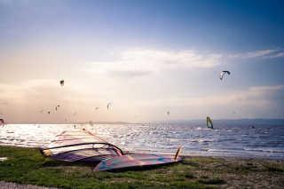 Wind and Kitesurfing
