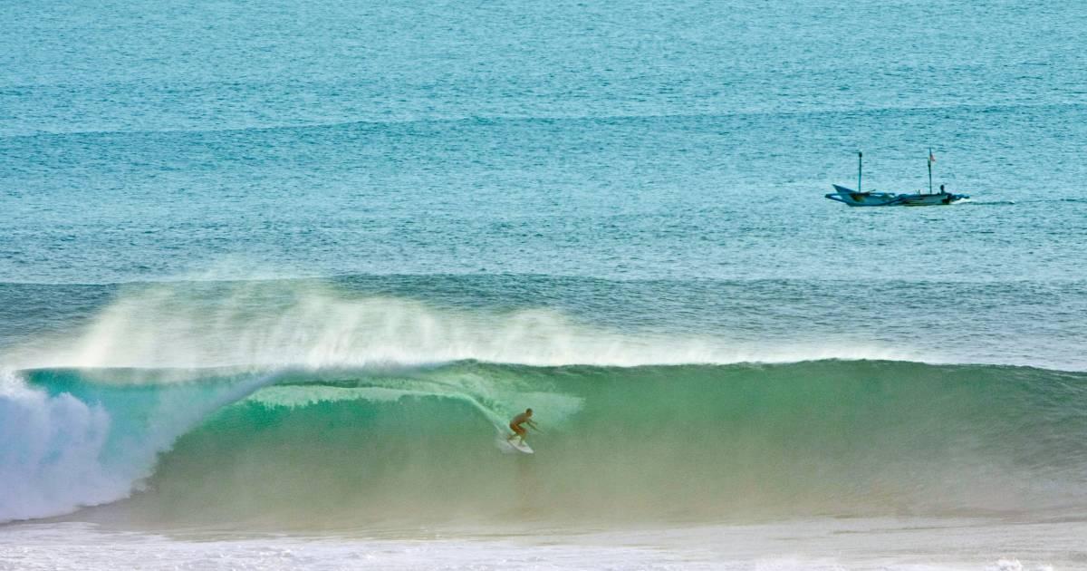 Surfing in Bali - Best Time