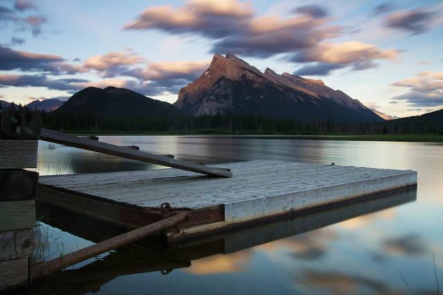 Vermilion Lakes Sunrise & Sunset in Banff & Jasper National Parks - Best Season