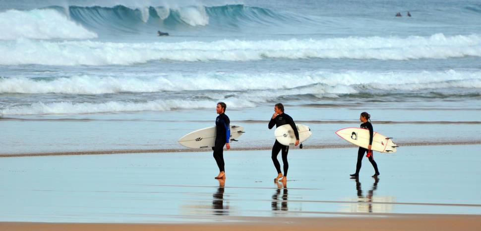 Surfing in Zarautz in Basque Country - Best Season