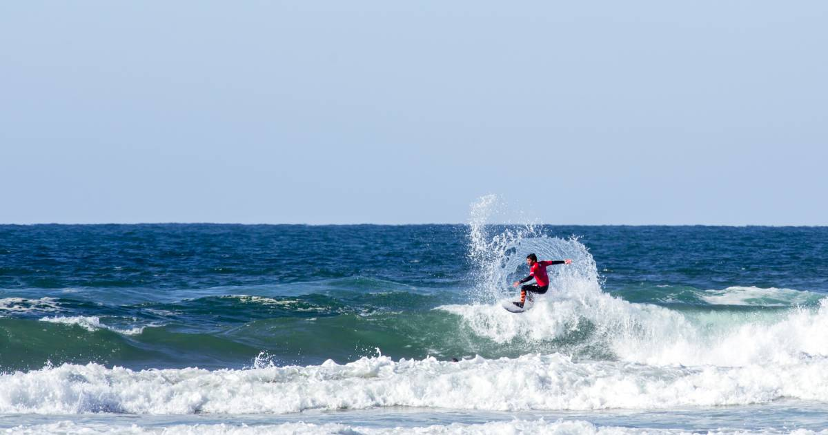 Surfing in Zarautz in Basque Country - Best Time