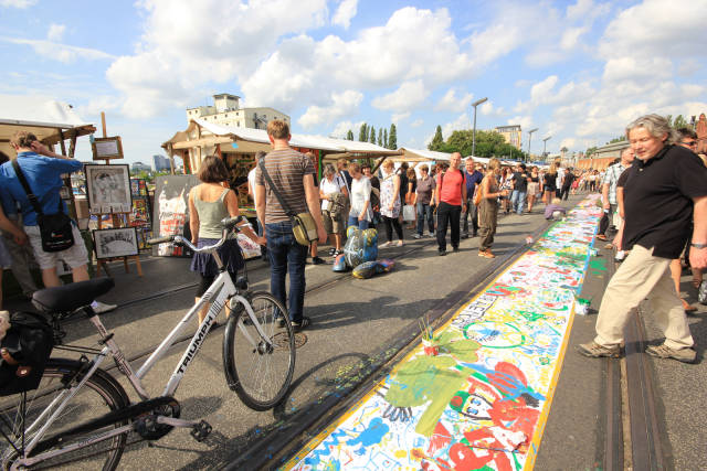 Best time for Open Air Gallery in Berlin
