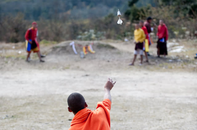 Khuru (Darts) in Bhutan - Best Time