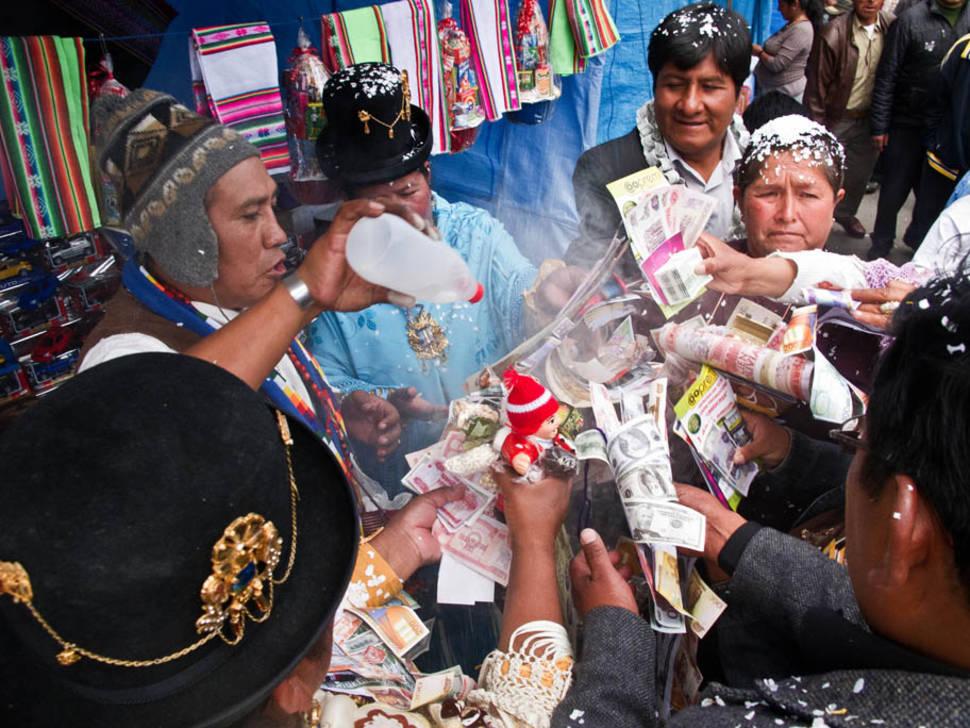 Best time to see Feria de las Alasitas in Bolivia
