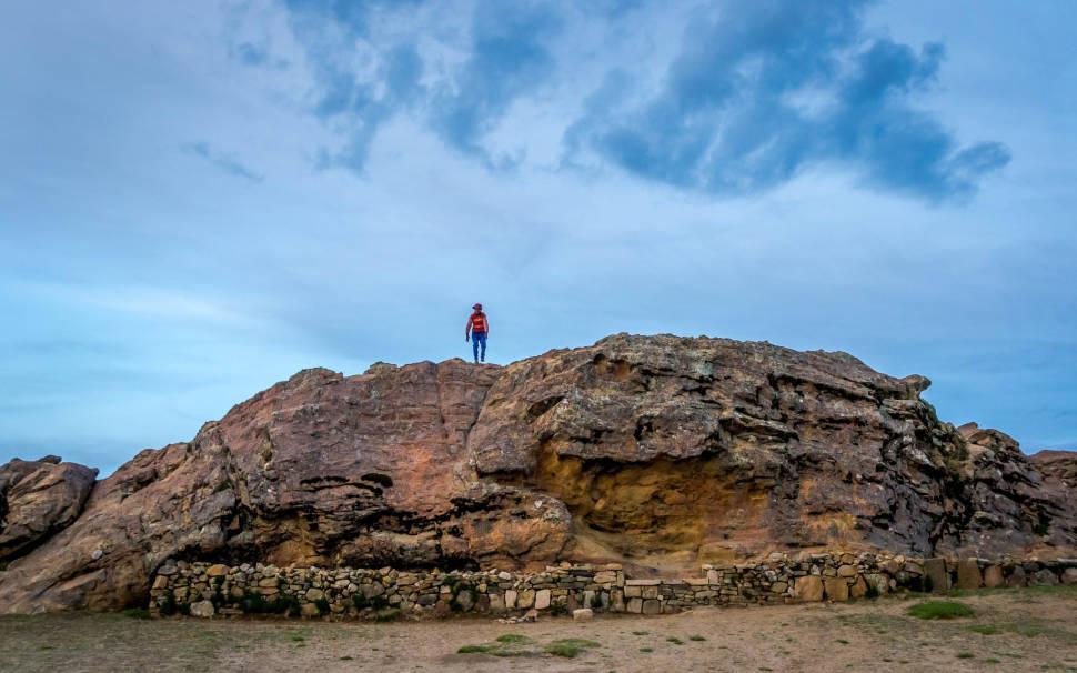 Isla del Sol - Lado Norte - Roca Sagrada y Oliver