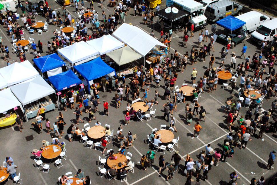 SoWa Open Markets in Boston - Best Time