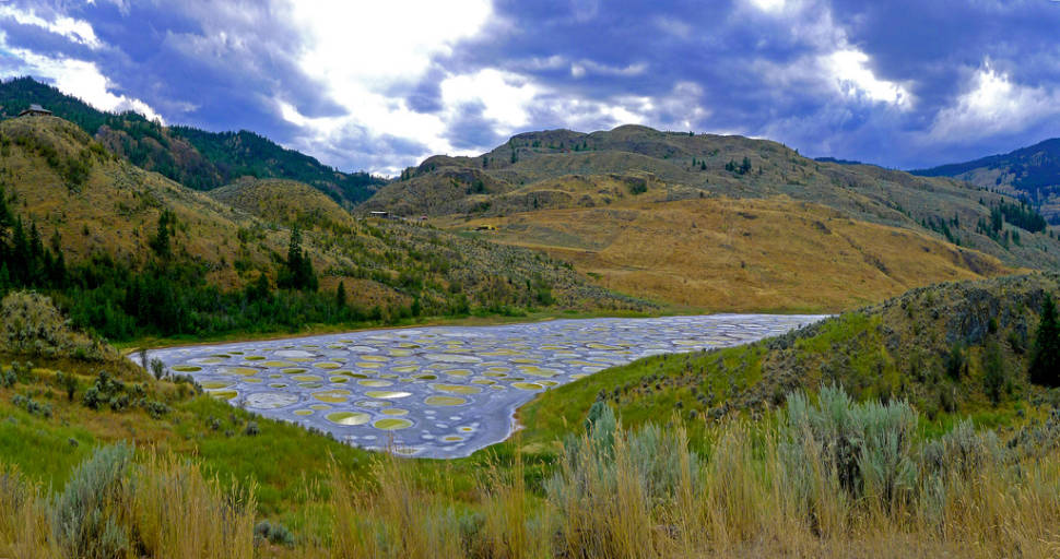 Spotted Lake in British Columbia - Best Time