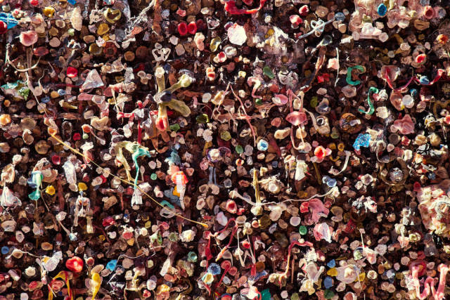 Best time for Bubblegum Alley in California