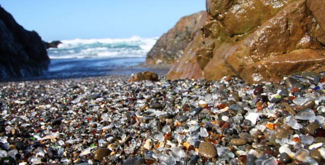 Glass Beach in California - Best Season