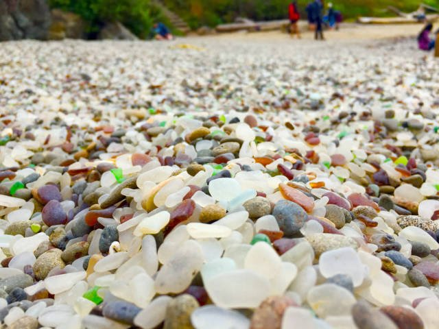 Best time to see Glass Beach in California