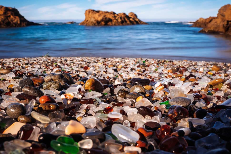 Glass Beach in California - Best Time