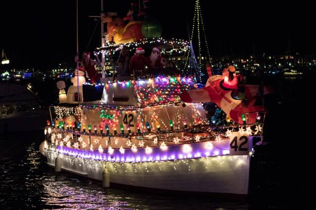 Marina del Rey Holiday Boat Parade in California - Best Time