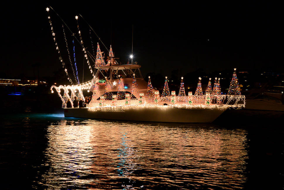 newport beach christmas boat parade in california best season