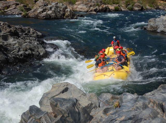 Rafting in California - Best Season