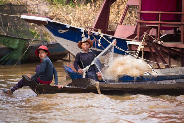 Best time for Kampong Phluk Floating Village in Cambodia