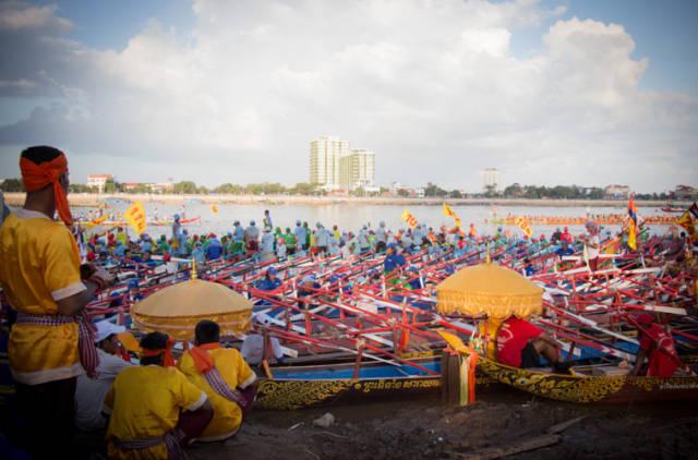 Water Festival or Bon Om Touk in Cambodia - Best Season