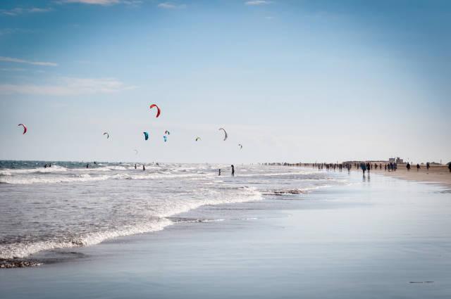 Kitesurfing at Playa del Ingles in Gran Canaria