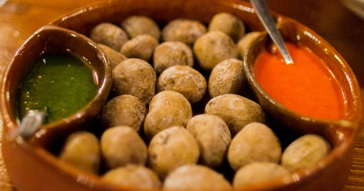 Wrinkled Potatoes or Papas Arrugadas in Canary Islands - Best Time