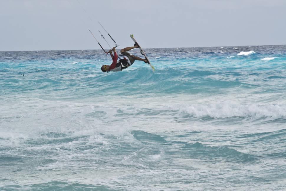Kitesurfing in Cancun - Best Time