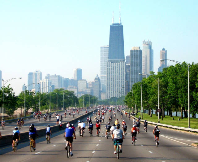 MB Bike the Drive in Chicago - Best Time