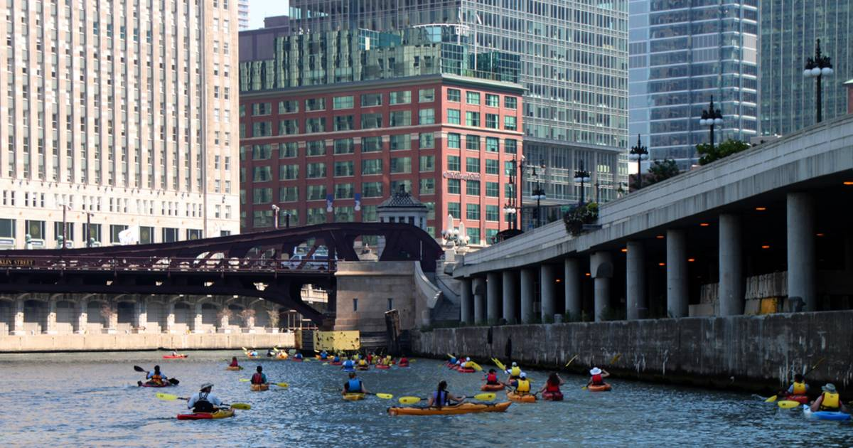 Kayaking Season in Chicago - Best Time