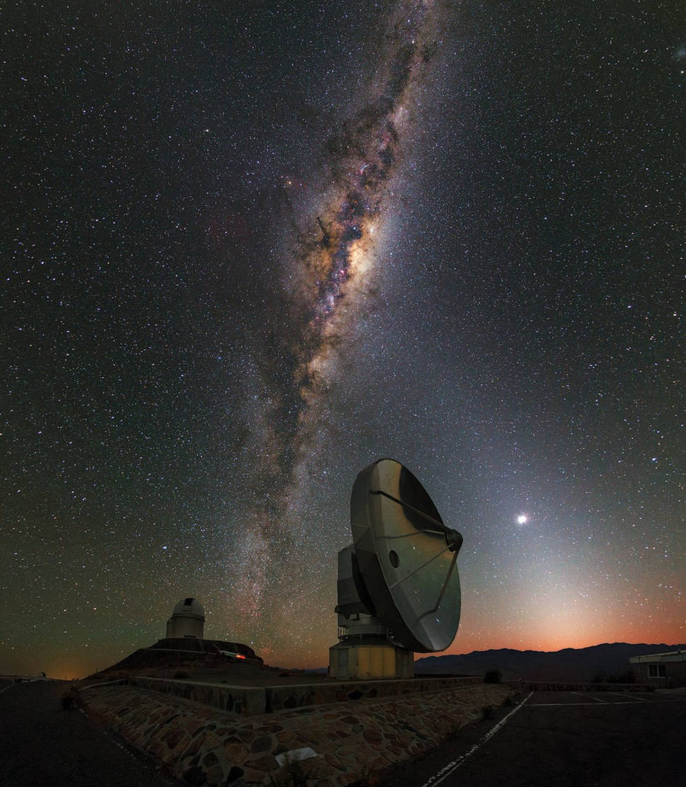 La Silla Dawn Kisses the Milky Way