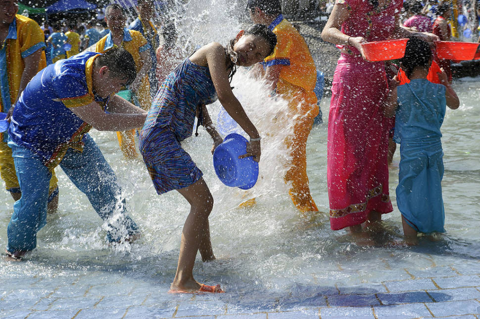 Best time for Dai Water Splashing Festival in China