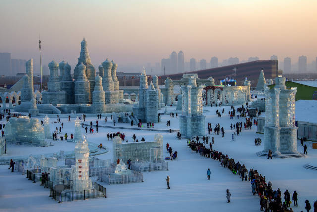 Harbin International Ice and Snow Sculpture Festival in China - Best Time