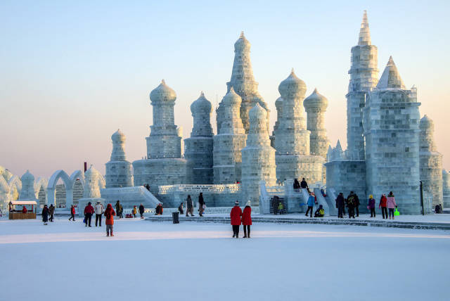 Best time for Harbin International Ice and Snow Sculpture Festival in China