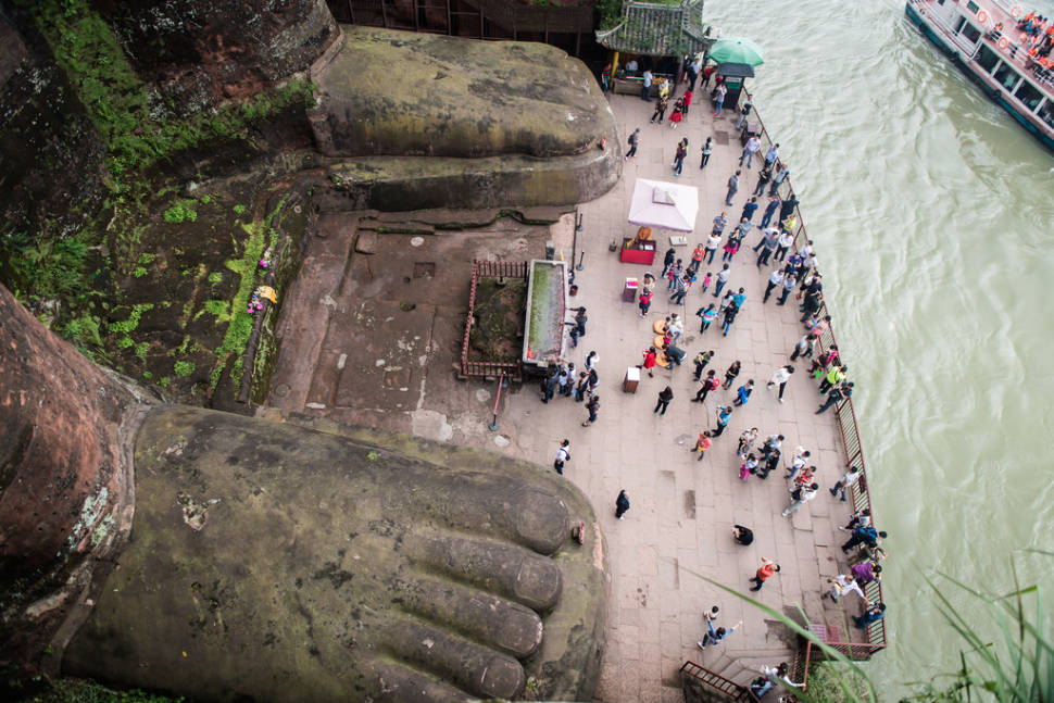 Best time to see Leshan Giant Buddha in China