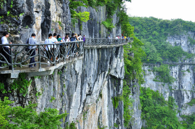Best time to see Glass Plank Road at Tianmen Mountain in China
