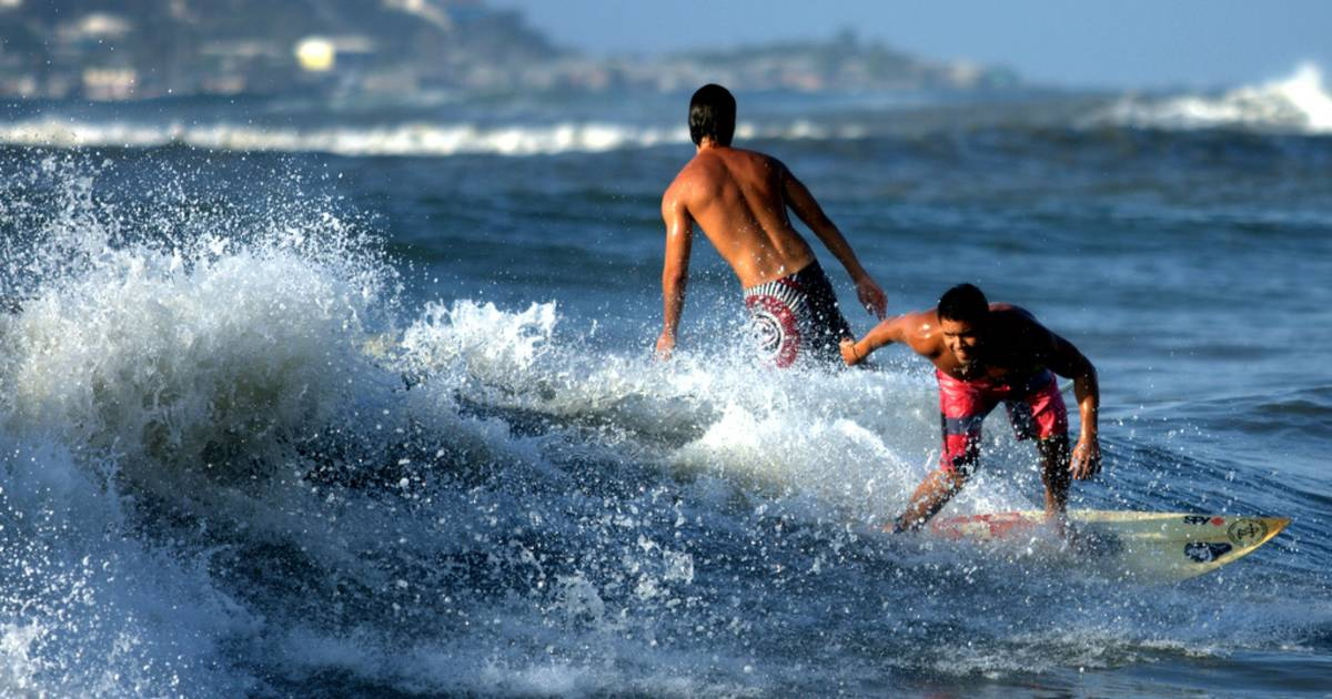 Surfing on the Caribbean Coast in Colombia - Best Time