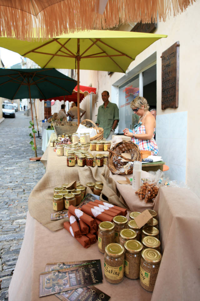 Hazelnut Festival or Fiera di a Nuciola in Cervione in Corsica - Best Season