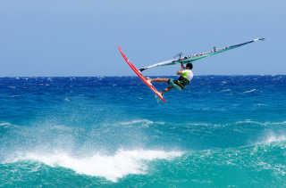 Kite and Windsurfing