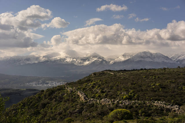 Best time for Lefka Ori Hike (The White Mountains) in Crete