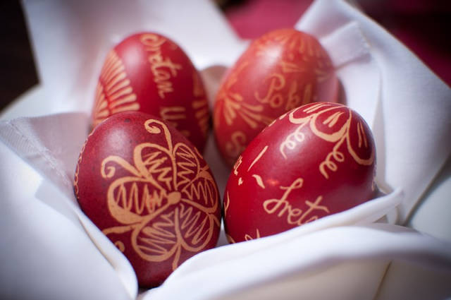 Painting Pisanica or Easter Egg in Croatia - Best Time
