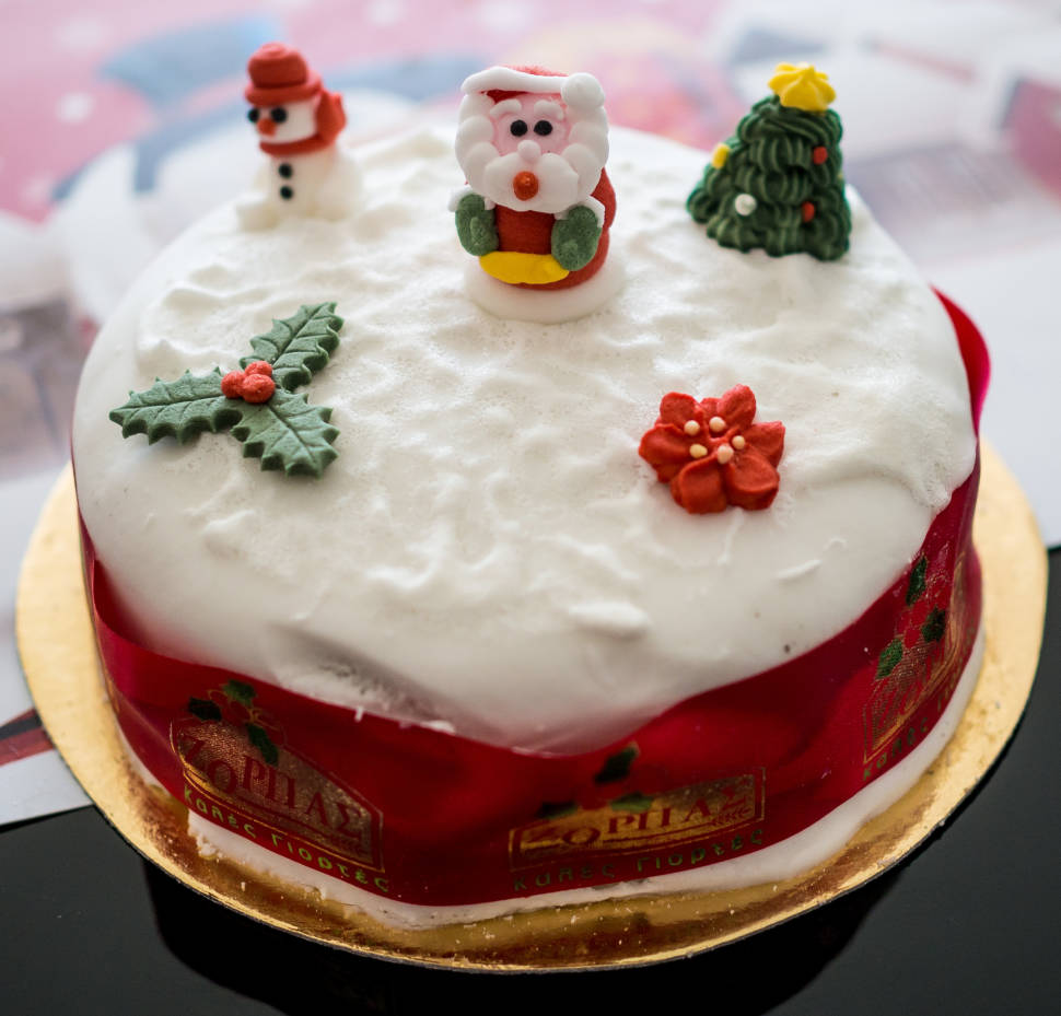 christmas cake in cyprus best time