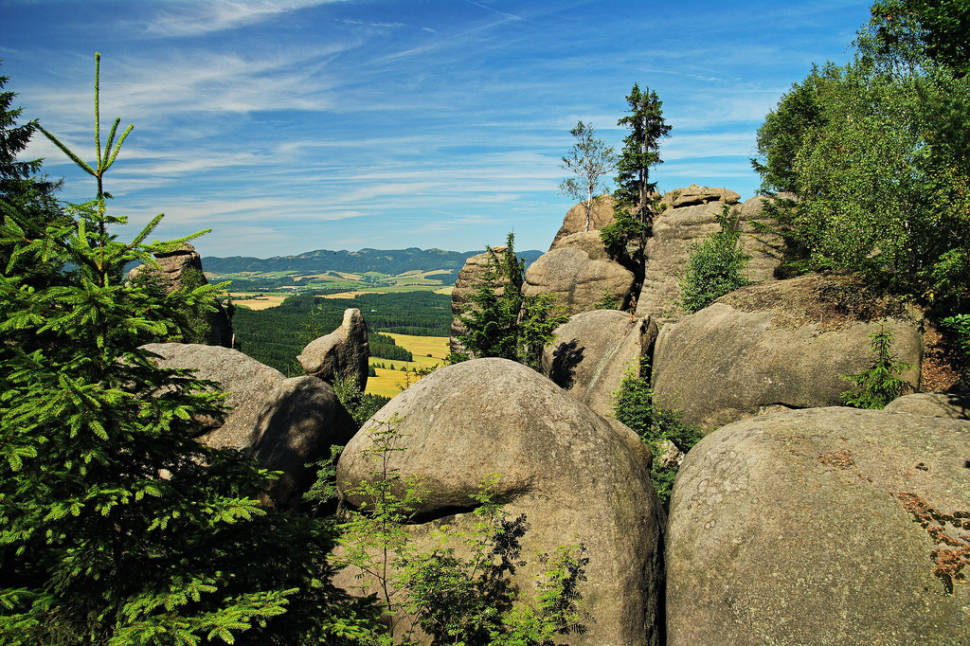 Broumovské Stěny (Broumov Walls) Climbing in Czech Republic - Best Time