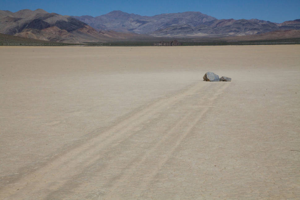 Best time for Sailing Rocks in Death Valley