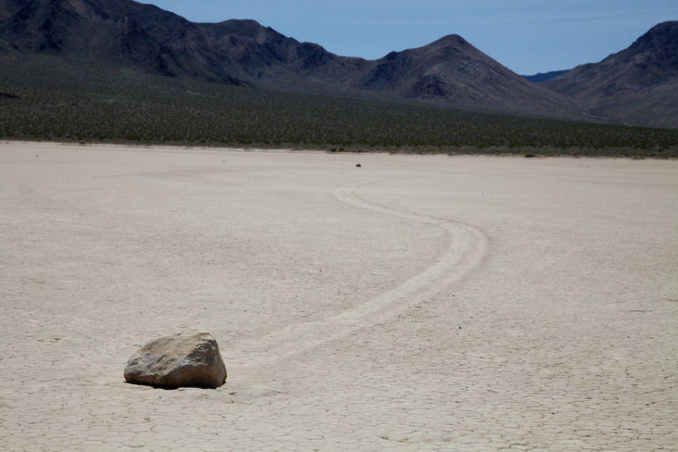 Sailing Rocks in Death Valley - Best Time