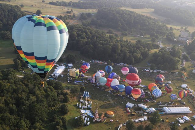 Bristol International Balloon Fiesta in England - Best Season