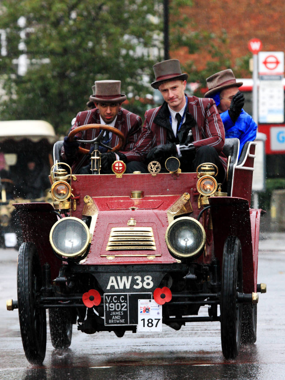 Best time for London to Brighton Veteran Car Run in England
