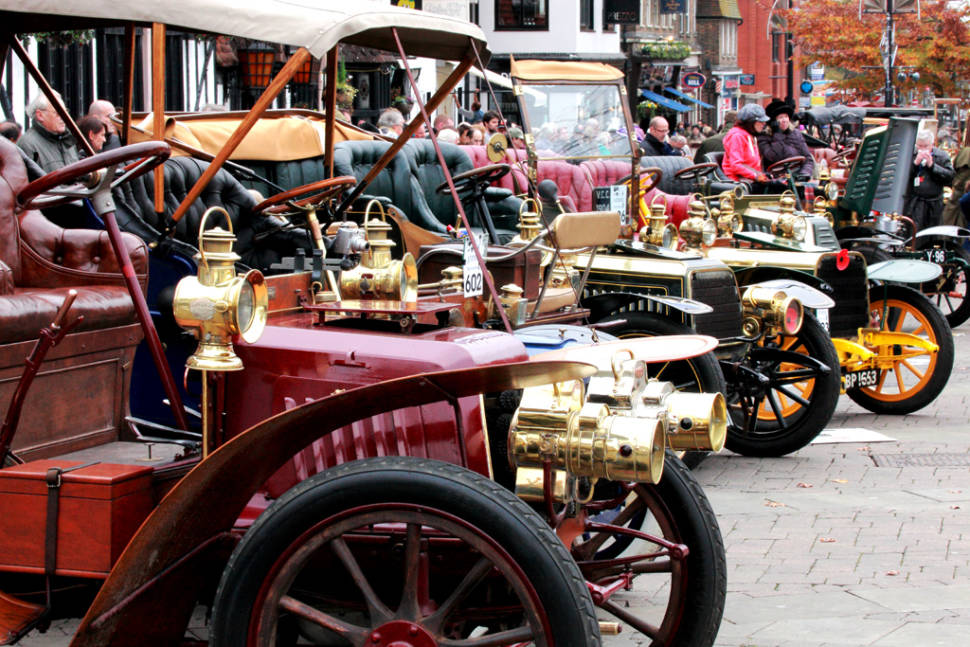 London to Brighton Veteran Car Run in England - Best Season