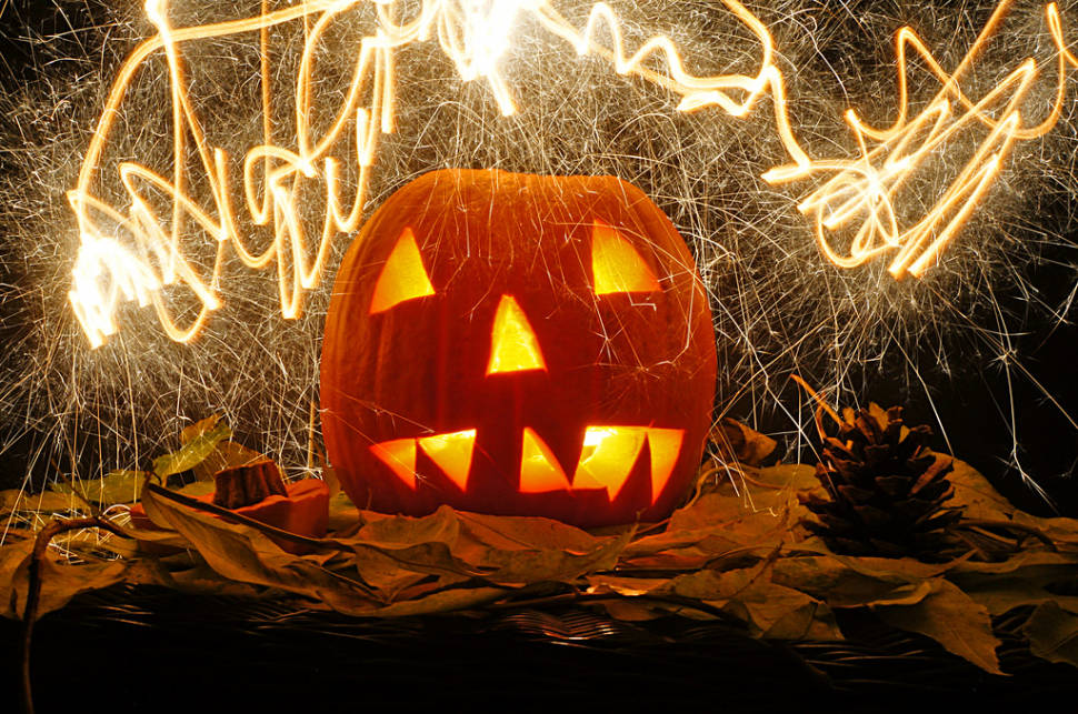 Punkie Night in Somerset  in England - Best Time