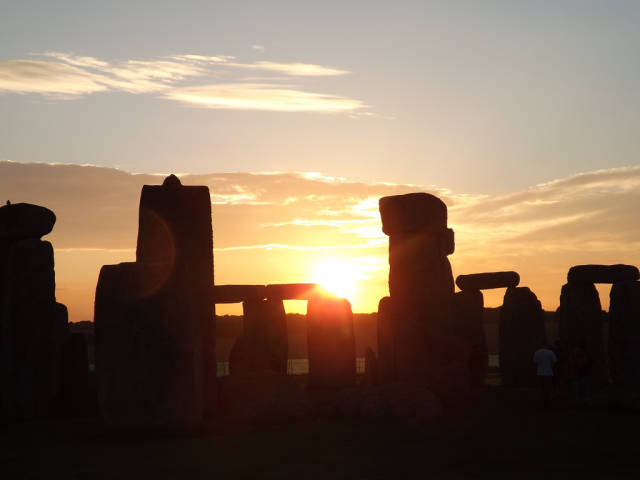 Best time for Stonehenge: Solstice and Equinox in England